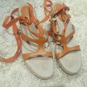 DONALD PLINER ankle tie sandals